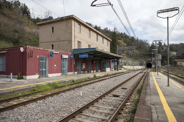 Sicignano degli Alburni-Lagonegro: 30 anni di attesa per un treno che non  arriva
